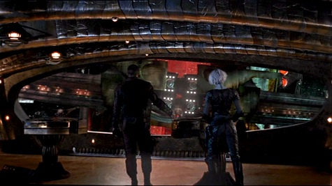 Farscape, We're So Screwed I: Fetal Attraction, Crichton, Chiana