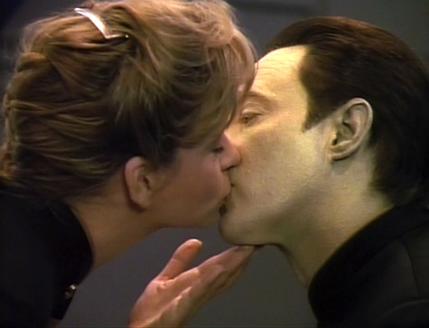 Star Trek: The Next Generation Rewatch on Tor.com: In Theory