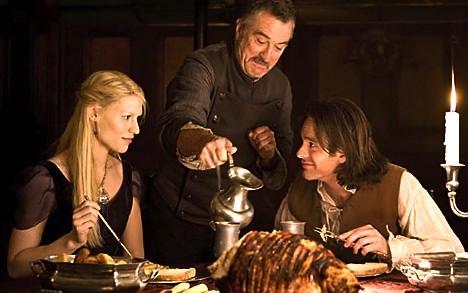 Stardust movie 2007, Yvaine Claire Danes Tristan Charlie Cox Captain Shakespeare Robert De Niro