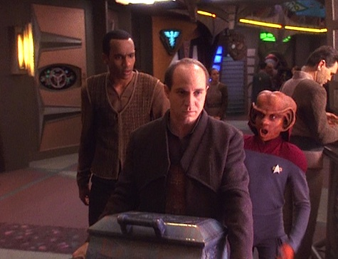 Star Trek: Deep Space Nine Rewatch on Tor.com: In the Cards