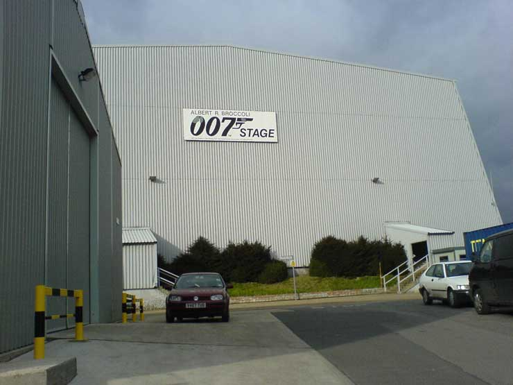 James Bond Pinewood Studios Star Wars