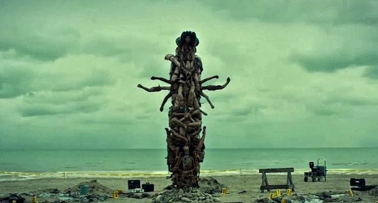 "Hannibal Human Totem Pole ""Trou Normand"""
