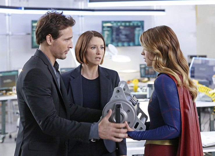 """Supergirl 104 """"How Does She Do It?"""" episode review"""