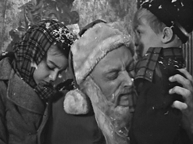 "The Twilight Zone ""Night of the Meek"""