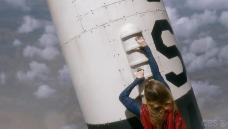 Supergirl 1x15 Solitude television review Indigo