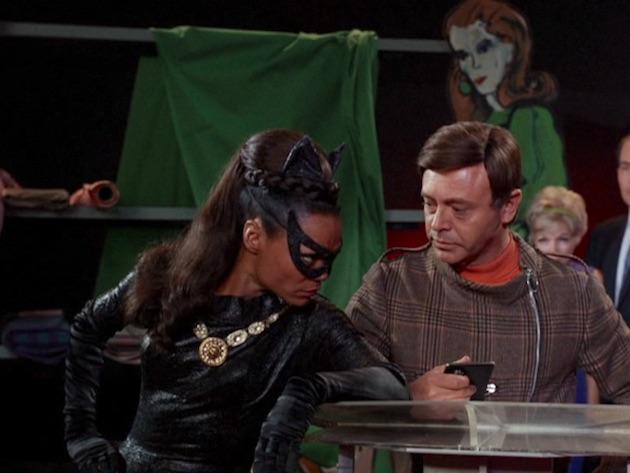 batman-catwomandressed06