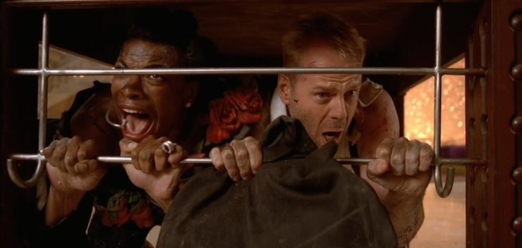 20 Years On The Fifth Element Is Still One Of The Best Worst Sci Fi Films Ever Tor Com