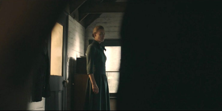 "The Handmaid's Tale 1x05 ""Faithful"" television review"