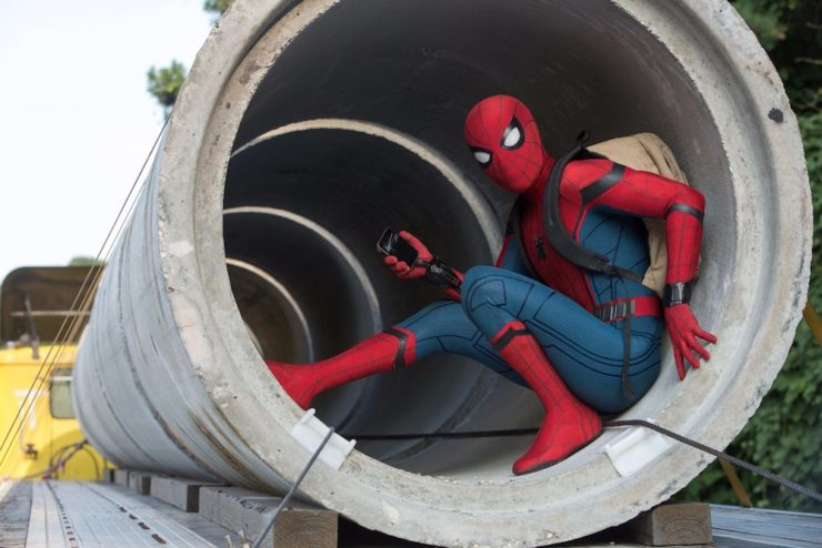 Peter Parker Millennial photographer Spider-Man: Homecoming phone selfie Tom Holland