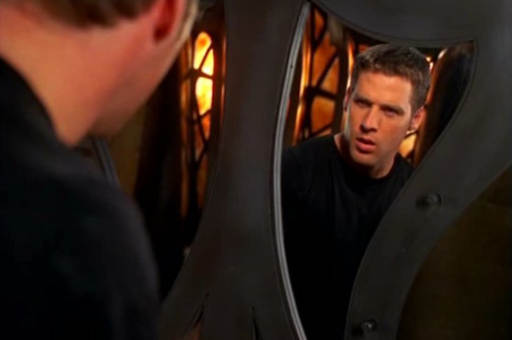 """Farscape """"Back and Back to the Future"""" time loops SFF Groundhog Day"""