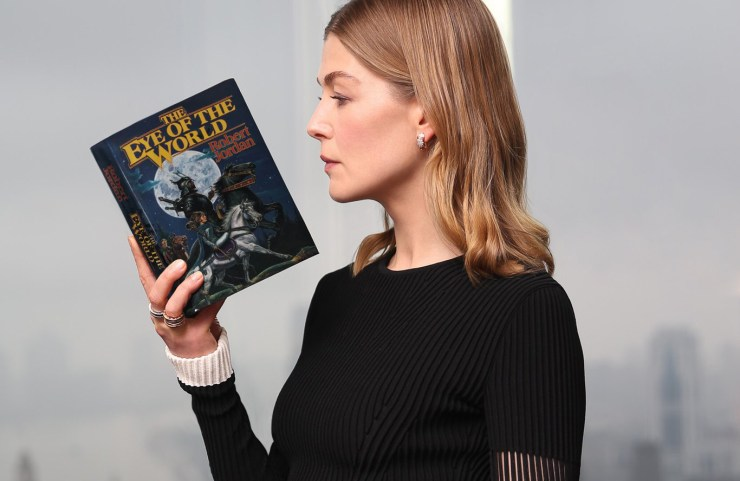 Blog Post Featured Image - Rosamund Pike to Star as Moiraine in Amazon's Wheel of Time Adaptation