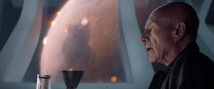 Jean-Luc Picard (Patrick Stewart) in Star Trek: Picard