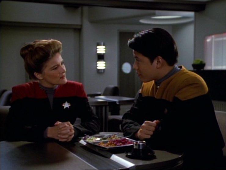 Captain Janeway (Kate Mulgrew) and Harry Kim (Garrett Wang) on Star Trek: Voyager