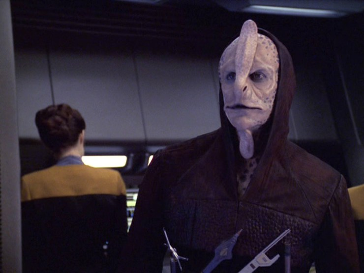 """Star Trek: Voyager """"The Voyager Conspiracy"""""""