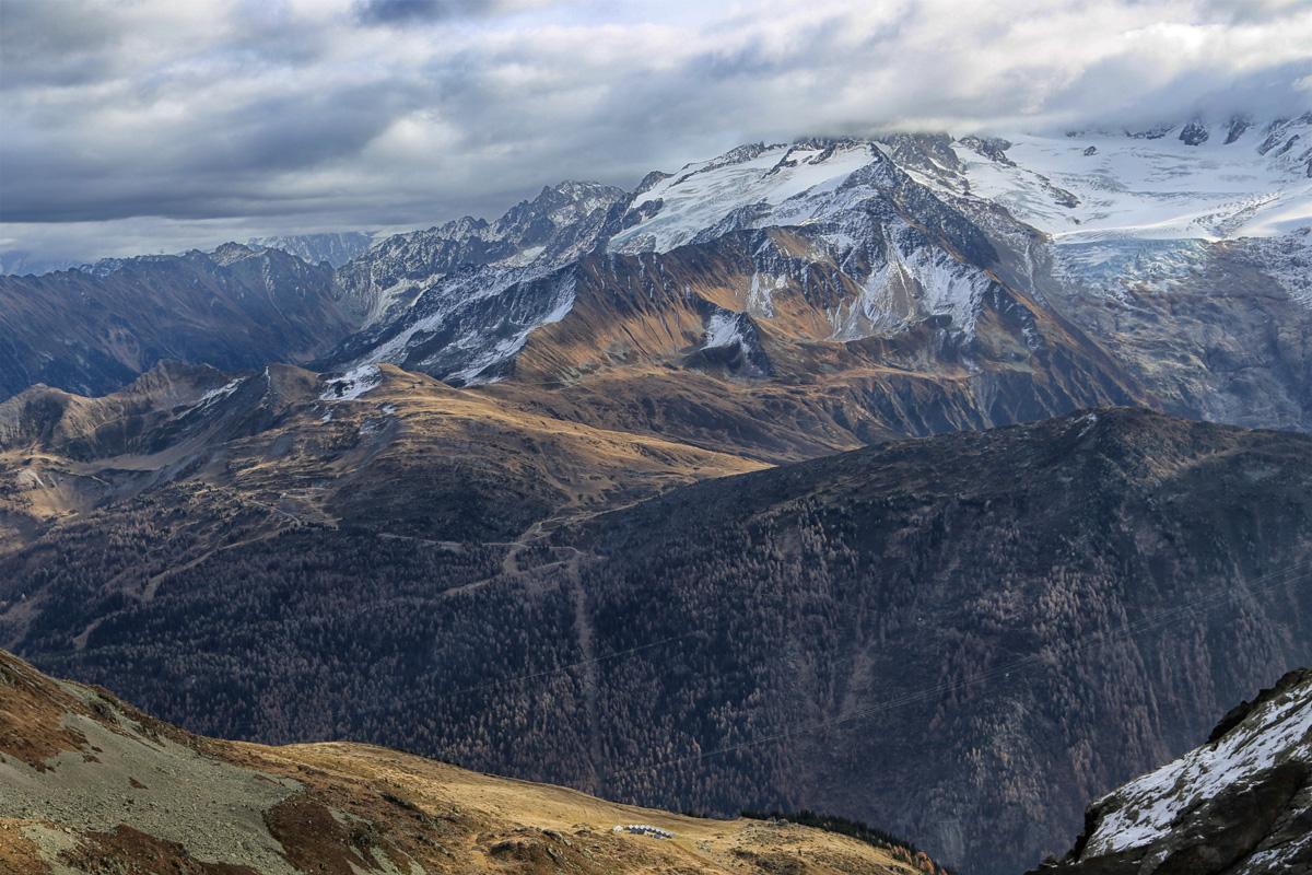 <h6>[Vallorcine] (Haute-Savoie). 2003.</h6>