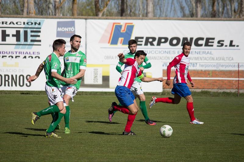 Punto de oro para el Atlético Tordesillas ante el Astorga