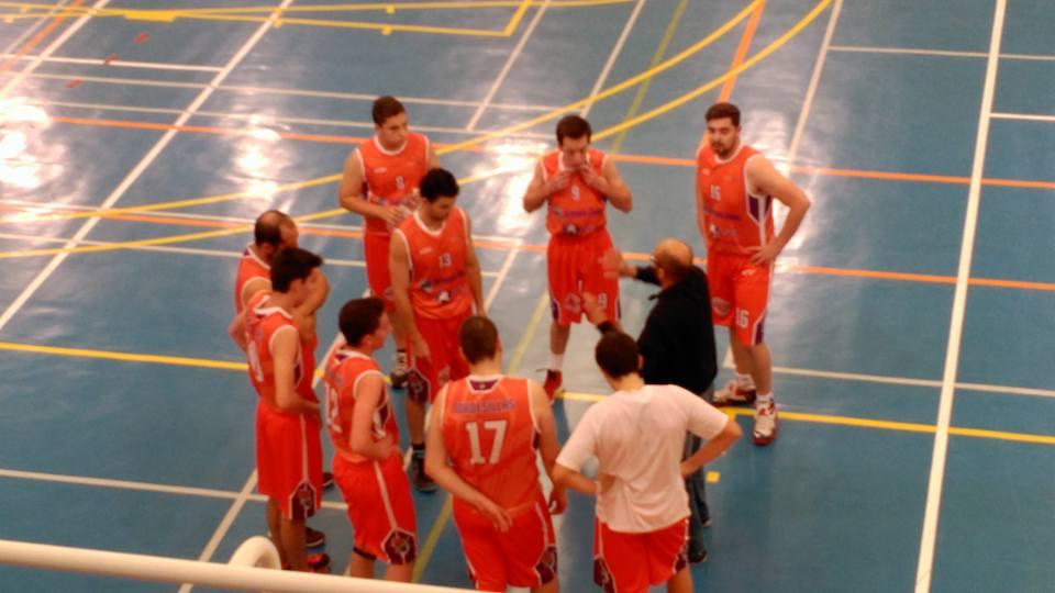 El Baloncesto Tordesillas firma la permanencia a pesar de la derrota