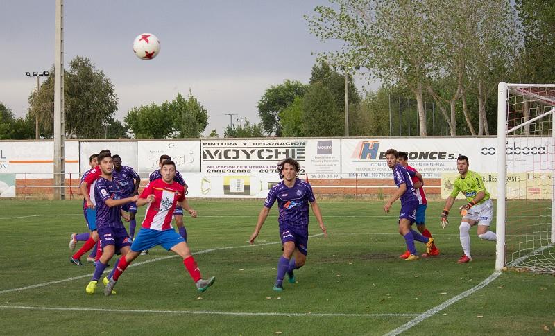 El Atlético Tordesillas deja escapar la victoria en el estreno liguero ante el Cristo Atlético