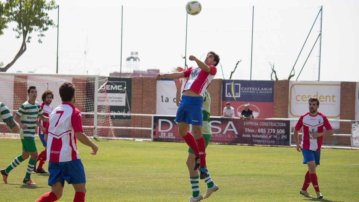 El Atlético Tordesillas consigue un trabajado punto ante la Virgen