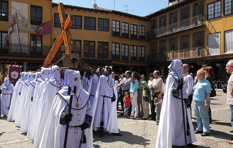 Las Cofradías de Tordesillas interponen una demanda a la Junta por impagos