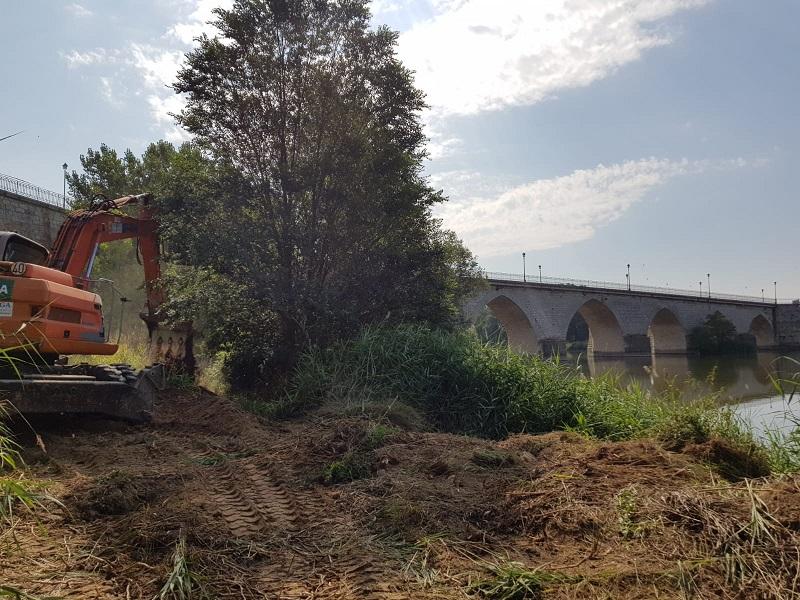 Las obras del Puente Medieval esperan estar acabadas antes de final de año
