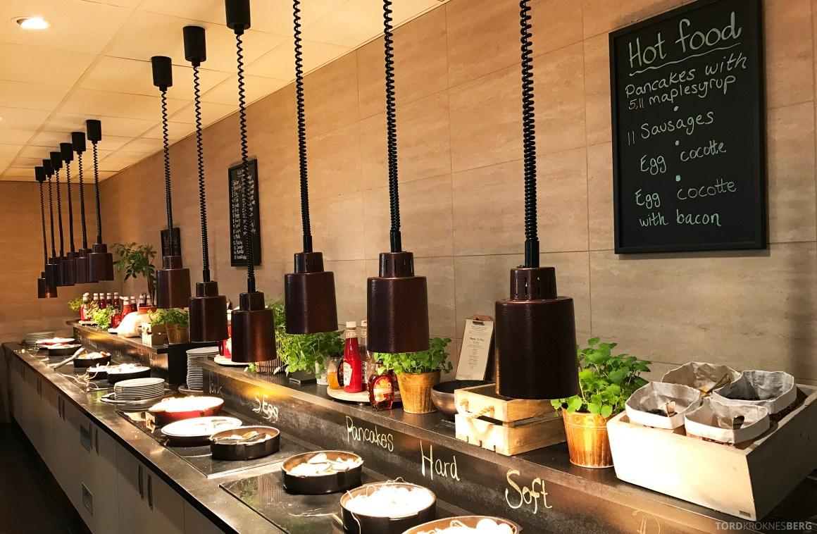 Radisson Blu Scandinavia Hotel frokostbuffet varmmat