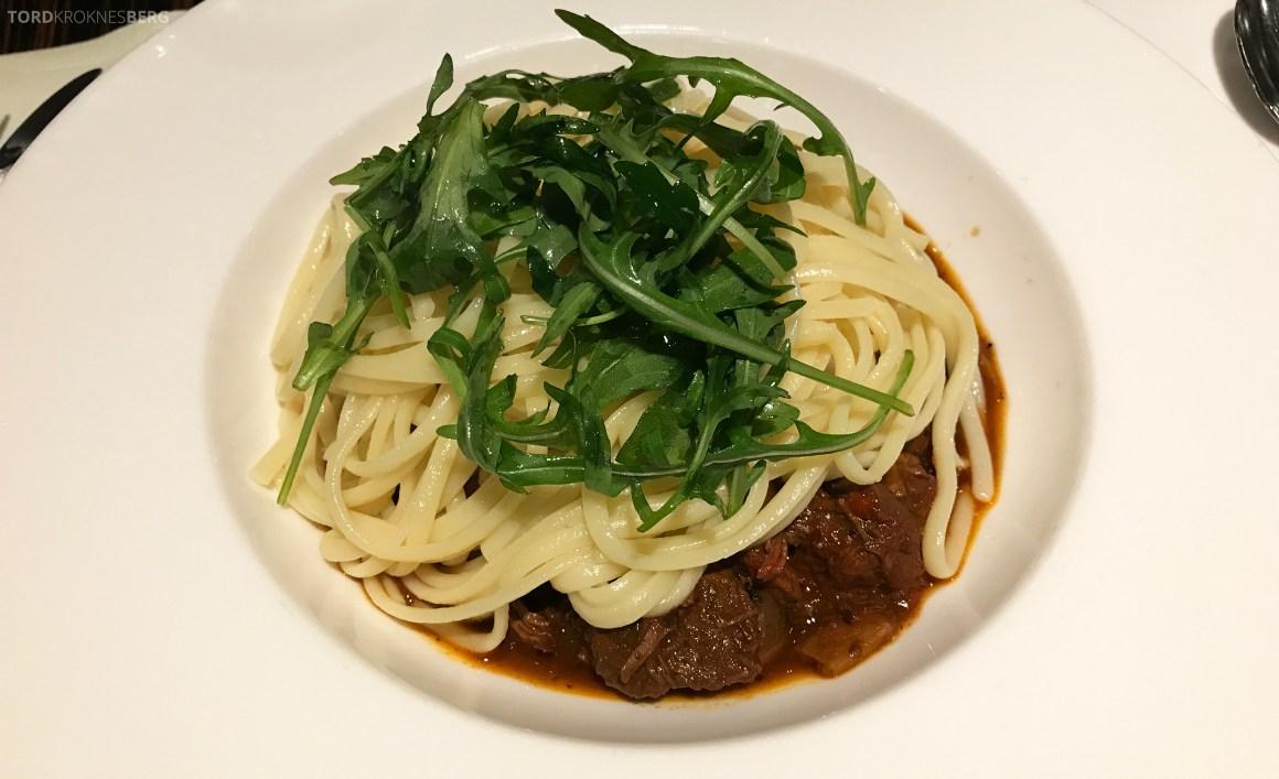 Restaurant Heat Radisson Blu Berlin spaghetti