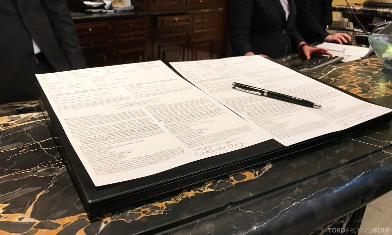 The Ritz-Carlton Berlin signering