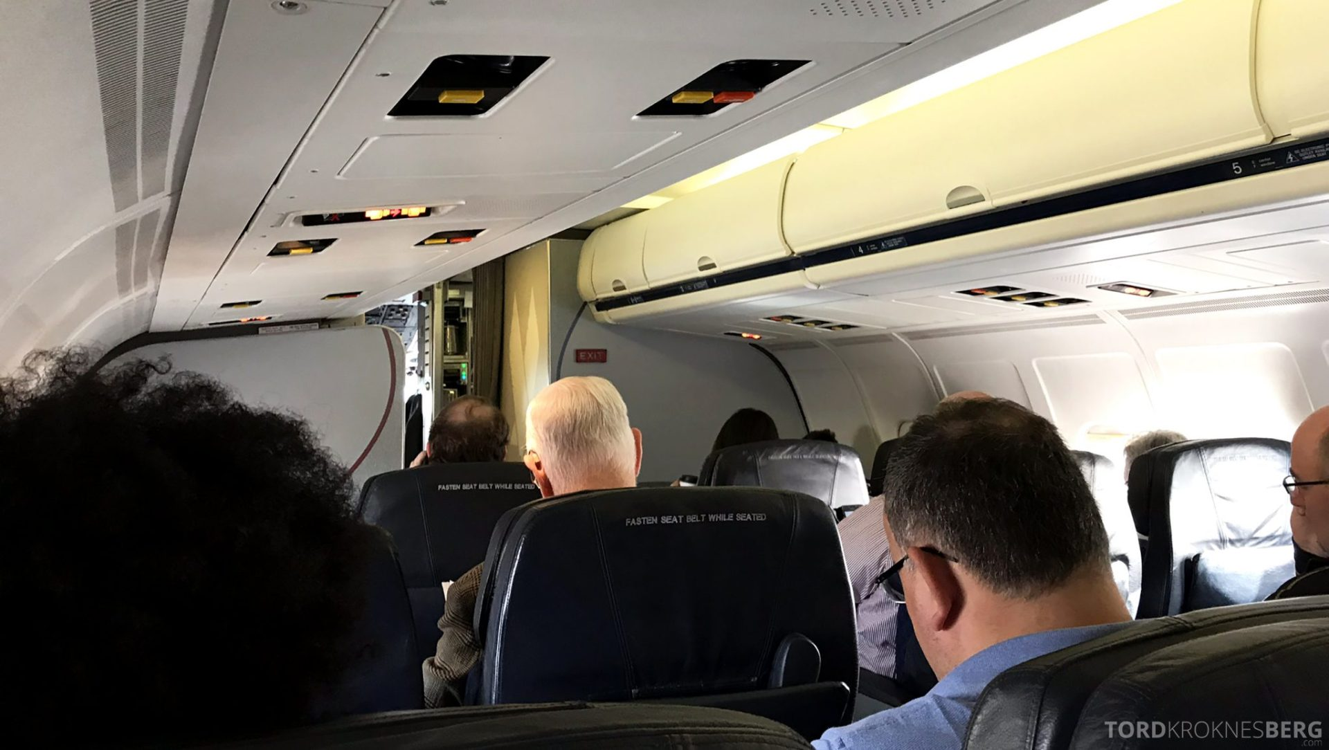 American Airlines First Class Minneapolis Chicago kabin