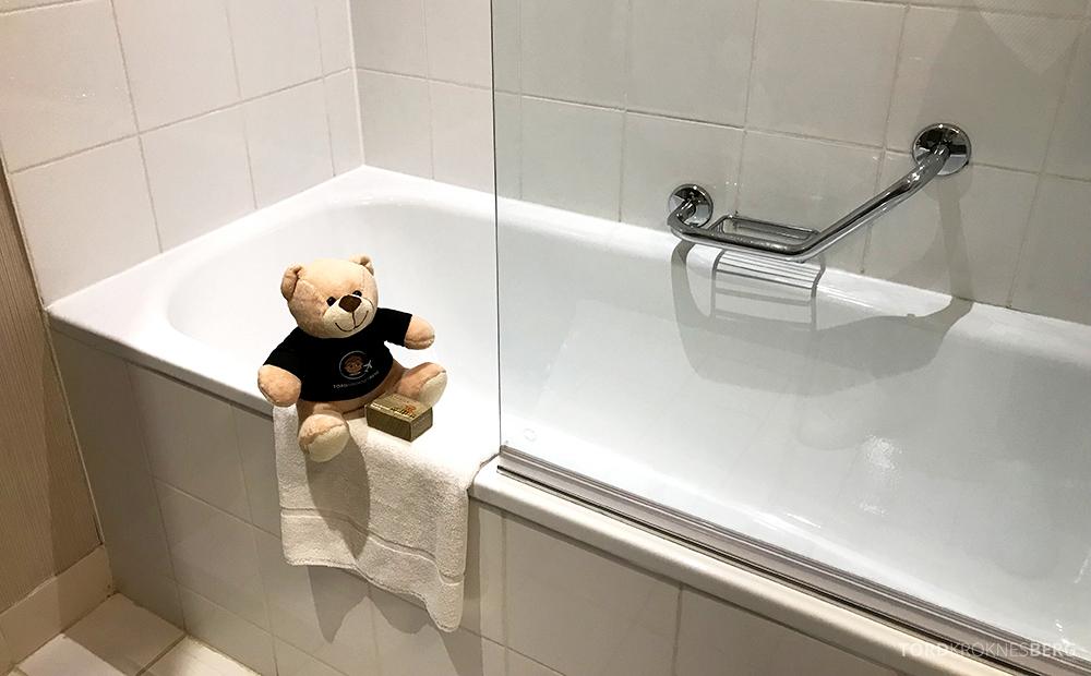 Renaissance La Defense Hotel Paris badekar reisefølgetq