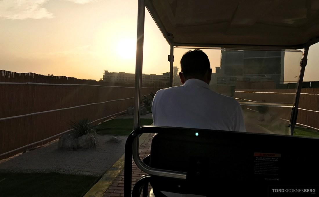 Ritz-Carlton Doha Hotel sjåfør til stranden