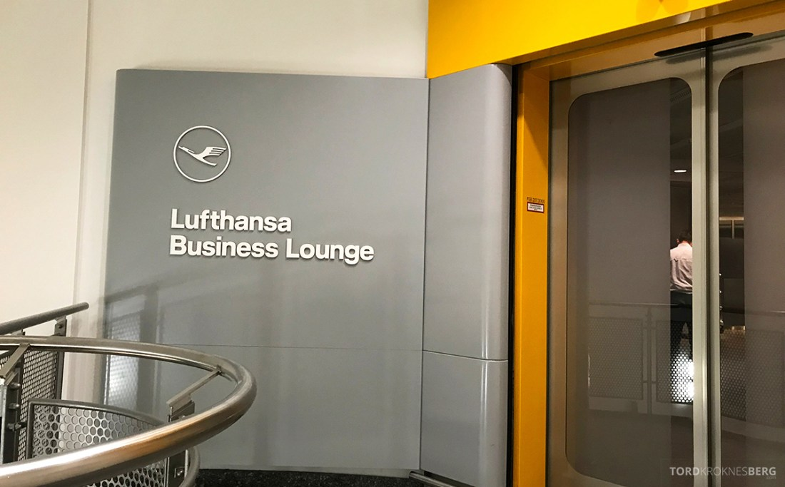 Lufthansa Economy Class Oslo Beograd lounge