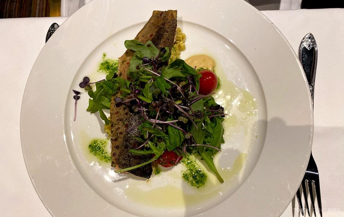 Hotel Ullensvang Hardanger Norge restaurant fisk