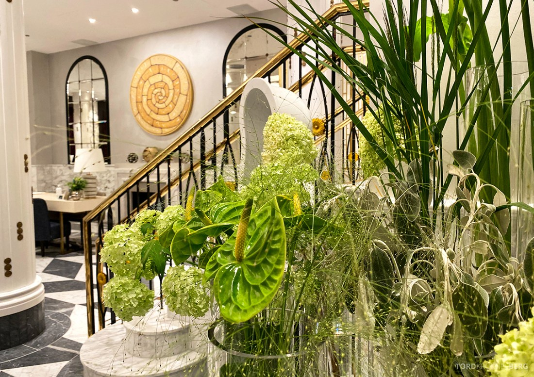 Britannia Hotel Trondheim lobby blomster