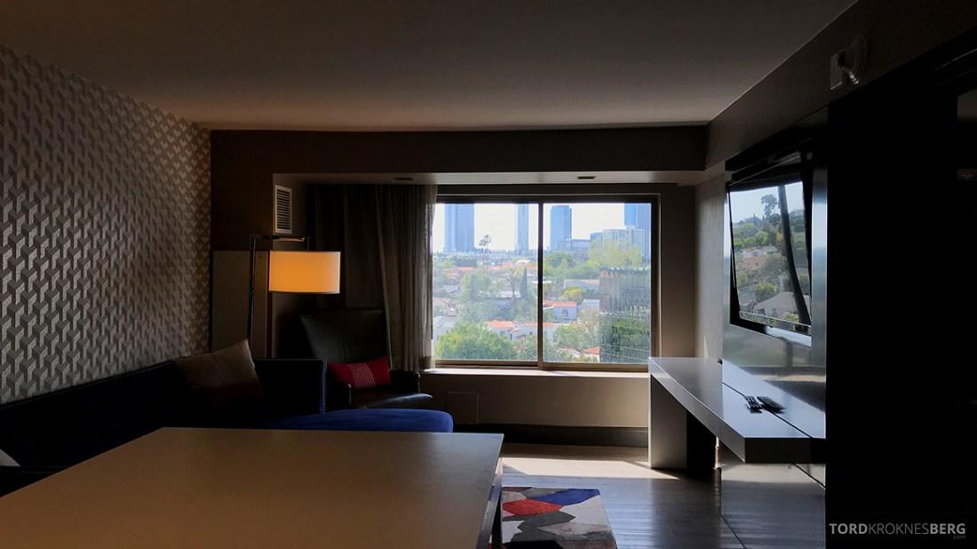 Beverly Hills Marriott Hotel stue suite