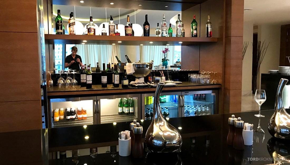 JW Marriott Absheron Hotel Baku Executive Lounge oversikt bar