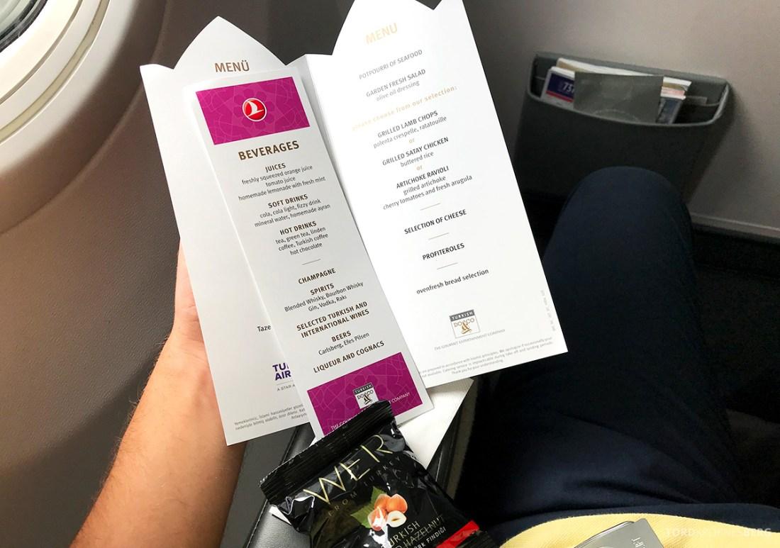 Turkish Airlines Economy Business Class Baku Istanbul Oslo meny