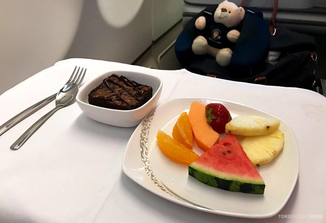 Air China Business Class Stockholm Beijing dessert