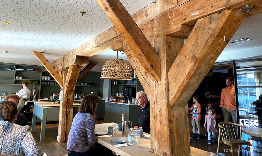 Hotel Brosundet Ålesund frokostsal innenfra