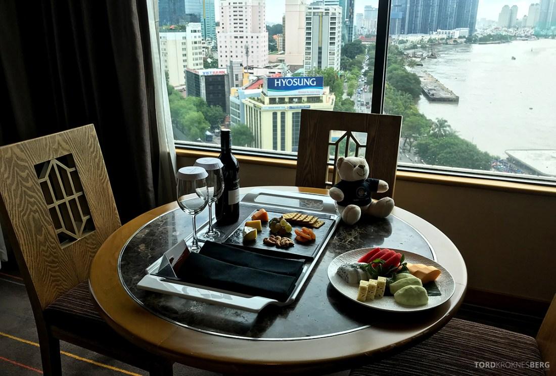 Renaissance Riverside Hotel Saigon Ho Chi Minh City velkomstgave utsikt