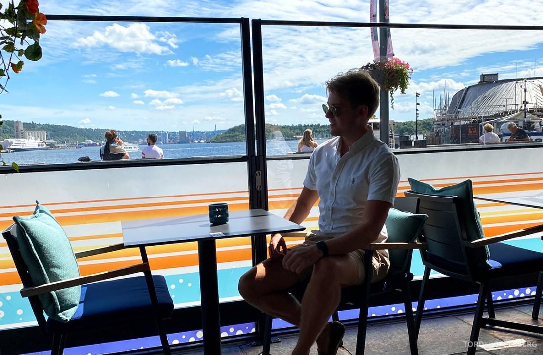 Café Capri Aker Brygge Oslo Tord Kroknes Berg