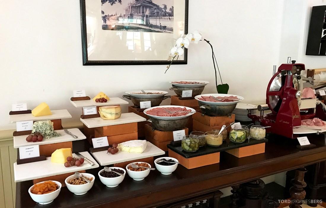 Raffles Hotel Le Royal Phnom Penh frokost pålegg