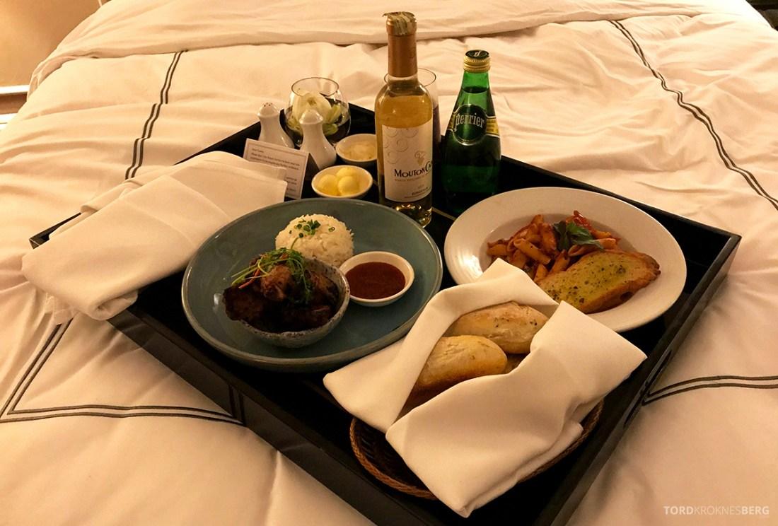 Raffles Hotel Le Royal Phnom Penh room service