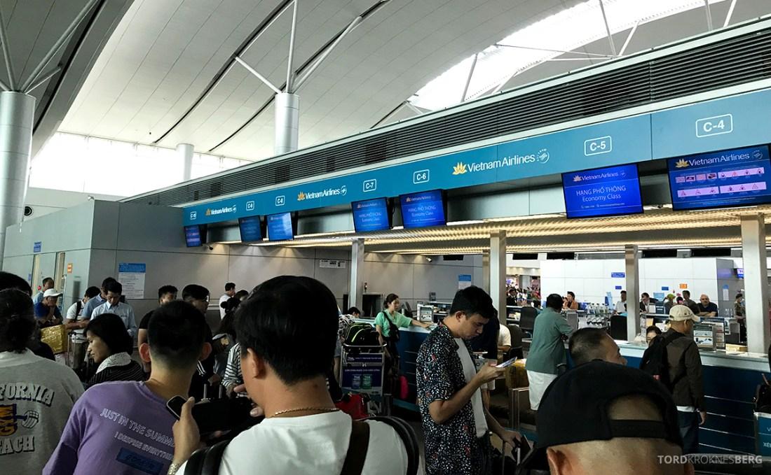 Vietnam Airlines Economy Class Ho Chi Minh City Phnom Penh innsjekk