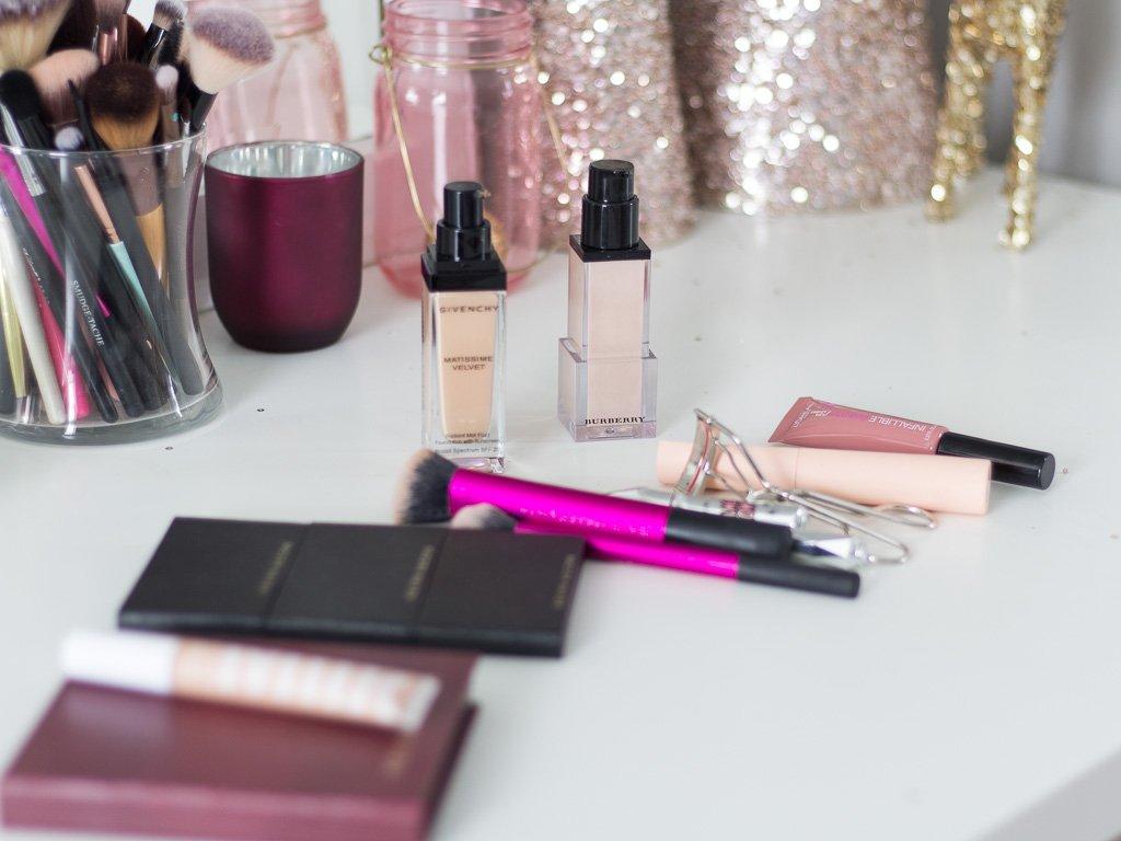 Holiday Makeup Look | Full Coverage +Dark Purple Lip