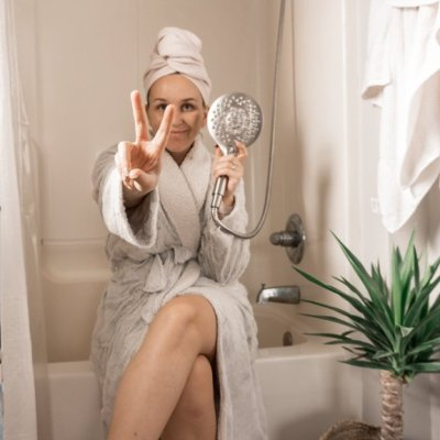 how to create the perfect shower   me time with the Moen® Aromatherapy Shower with INLY