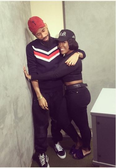 Phyno and OAP Moet Abebe caught in a loved up position (PHOTOS)