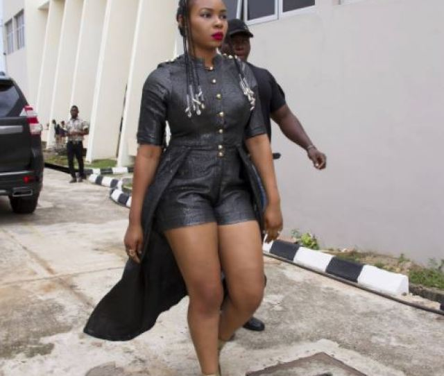 I Have A Thick Rounded Booty Yemi Alade Brags On Social Media