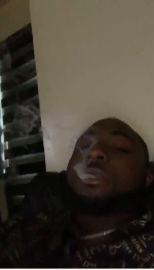 Davido enjoying his weed