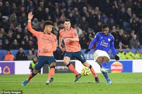 Kelechi Iheanacho scores against Everton